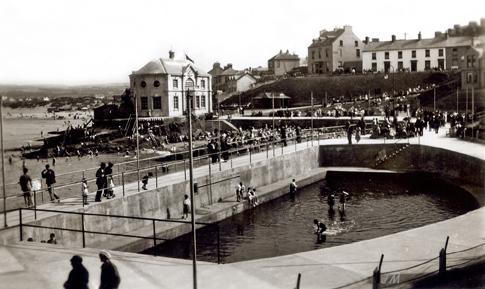 Arcadia - 1930s Promenade & Pool