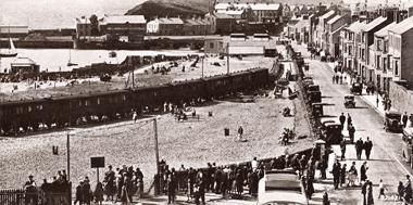 Railway tracks to harbour