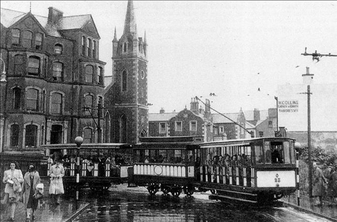 Tram rounding the Methodist corner